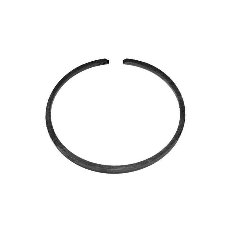 Кольцо поршневое 67.5 мм для лодочного мотора Вихрь 20
